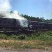 В Адыгее  пассажирский поезд столкнулся с грузовиком: пострадало 15 человек