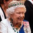 Елизавета II не намерена передавать трон принцу Чарльзу в 2021 году