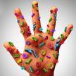 Названо время активности COVID-19 на коже человека
