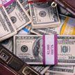 Тайский таксист вернул туристу забытую сумку с $10 000