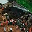 Оползень накрыл группу детей в Индонезии