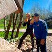 Александр Лукашенко на Радуницу посещает малую родину