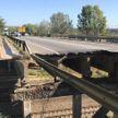 Путепровод рухнул на рельсы недалеко от Харькова (ФОТО, ВИДЕО)