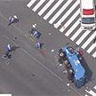 Мусоровоз сбил толпу прохожих в Японии (Видео)