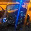 Ford врезался в фонарный столб недалеко от Стелы в Минске