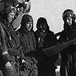 Сбитый в годы Великой Отечественной войны бомбардировщик достали из болота