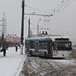 Троллейбус столкнулся с осветительной опорой в Витебске, пострадала пенсионерка