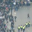 Антиковидные протесты охватили более 50 стран