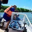 Тренировка МЧС и ОСВОДа прошла в Минске: спасательные гидроциклы, надувной плот, трос, холодная вода