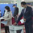 В Кыргызстане подводят итоги референдума по изменению в Конституцию и выборов местных депутатов