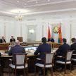 Лукашенко: Если мерзавцы уже наживаются на здоровье людей, повыворачивайте карманы! Как раз вместе с милицией!