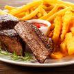 Диетолог рассказала, почему нельзя сочетать мясо и картофель