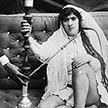 Полная женщина с густыми бровями. Какие красавицы попадали в гарем к султану?