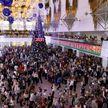 Главная ёлка страны собрала детей со всей Беларуси. Что пожелал Президент подрастающему поколению под Новый год?