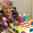 Ни дня без «Колы»: 107-летняя женщина объяснила свое долголетие любовью к газировке