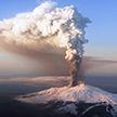 Вулкан Этна проснулся на побережье Сицилии