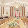 «Вывели на границу, поставили впереди, как фашисты»: Лукашенко сравнил условия содержания беженцев в Литве с концентрационными лагерями