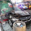 BMW снёс остановку в центре Варшавы: четыре человека ранены