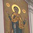 Православные верующие празднуют Покров Пресвятой Богородицы