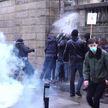 Мирное шествие во Франции переросло в столкновение с силовиками