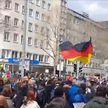 COVID-19: протесты против ковидных мер вспыхивают в странах Европы