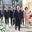 Лукашенко открыл новую школу в Минске и посоветовал ученикам не тратить время зря
