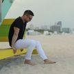 Лазарев одинок в Майами: певец представил новый клип