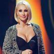 Лера Кудрявцева впервые появилась в эфире после удаления грудных имплантов