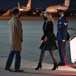 Колготки Джилл Байден стали поводом для модных дискуссий в Сети