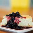 Пекарь создала торты с «маскировкой» и восхитила соцсети