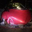 У Глыбокім жанчына на Peugeot 206 ўрэзалася ў слуп і атрымала траўмы