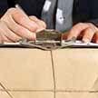 «Белпочта» повысит тарифы на международные посылки. С чем это связано?
