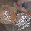 В холодильнике, шкафу, одежде и даже в туалете: более 180 свёртков с марихуаной нашли у жителя Мозыря