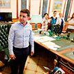 Зеленский показал президентский кабинет, в котором есть «прикольная вещь»