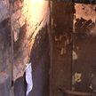 «Мы отказываемся платить!» Жильцам подъезда, который вандалы поджигали трижды, предлагают делать ремонт за свой счёт