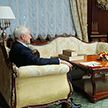 Александр Лукашенко встретился с  Александром Суриковым