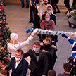 «Наши дети»: хоккеисты Президентского спортивного клуба поздравили детей с праздником