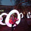 Уникальный сквер открыли в Гомеле: неоновые качели, подзарядка гаджетов, солнечные батареи