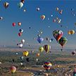 Фестиваль воздушных шаров в США: более 500 аэростатов взмыли в воздух