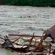 70 человек погибли и ещё тысячи остались без жилья в результате наводнения в Индонезии