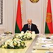 Лукашенко обсудил с правительством проблемы дрожжевой промышленности