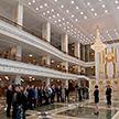 Экскурсию по Дворцу Независимости провели для участников Белорусского молодежного парламентского форума