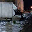 Пьяный водитель на фургоне пытался скрыться от ГАИ в Витебске и чуть не врезался в здание банка