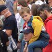 Дети на протестах: будет ли ребенок в безопасности на несанкционированной акции?