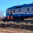 Поезд протаранил легковой Volkswagen на переезде под Волковыском