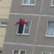 Парень упал с балкона третьего этажа в Гродно: он в реанимации