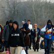 Тысячи беженцев пытаются попасть в Евросоюз