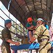 Полоса препятствий, квесты и азы прыжков с парашютами: в 103-й воздушно-десантной бригаде провели экскурсию для школьников