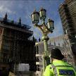 В Великобритании активист залез на Биг-Бен в знак протеста новых антиковидных ограничений
