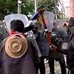 Налоговая реформа спровоцировала протесты и массовые беспорядки в Колумбии
